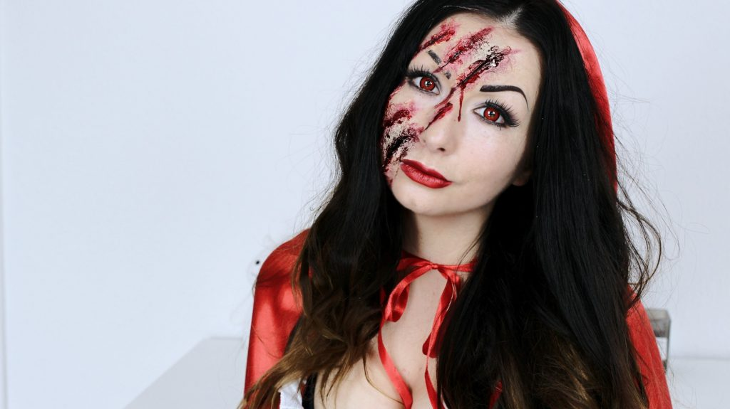 Snow White Little Red Riding Hood Halloween makeup tutorial SNOW WHITE OR LITTLE RED RIDING HOOD HALLOWEEN MAKEUP IDEAS FASHION CONFESSION BY ELIZA ARMAND, FASHION BLOGGER, BEAUTY BLOGGER, MAKEUPBLOGGER, SKINCARE www.fashion-confession.com