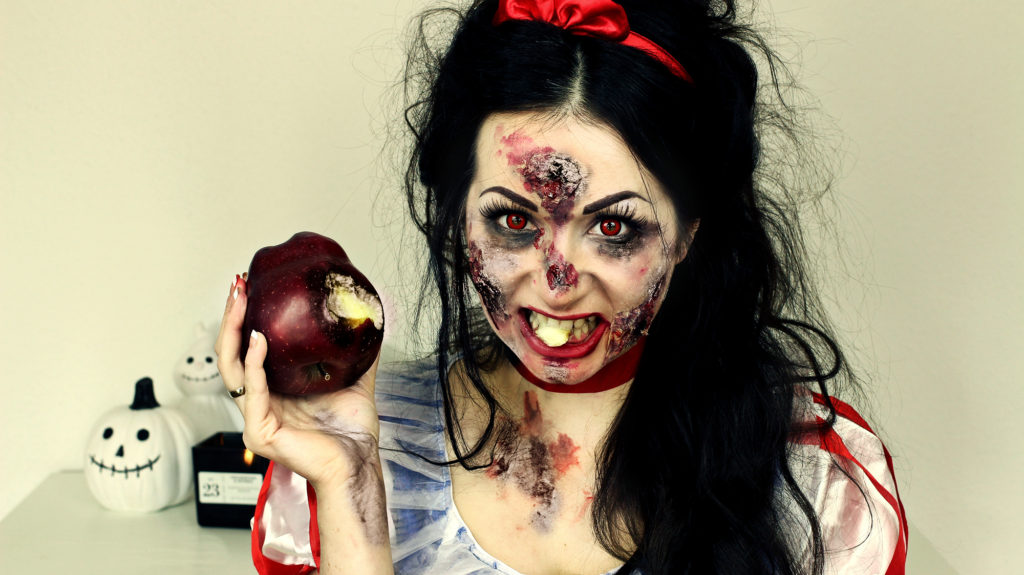 SNOW WHITE OR LITTLE RED RIDING HOOD HALLOWEEN MAKEUP IDEAS FASHION CONFESSION BY ELIZA ARMAND, FASHION BLOGGER, BEAUTY BLOGGER, MAKEUPBLOGGER, SKINCARE www.fashion-confession.com