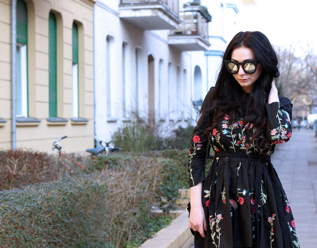 VALENTINE'S DAY OUTFIT FASHION CONFESSION BY ELIZA ARMAND, FASHION BLOGGER, BEAUTY BLOGGER, MAKEUPBLOGGER, SKINCARE www.fashion-confession.com